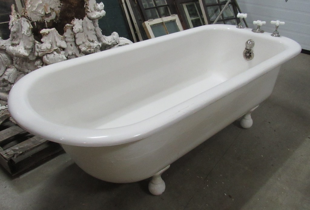 left corner tub PTT