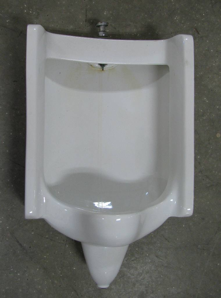 wall mount urinal BMJ