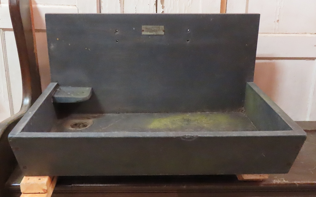 antique-soapstone-sink Images - Frompo - 1